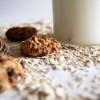 Skinny cookies med gryn og chokolade