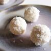 Hjemmelavede luksus Raffaello med hvid chokolade